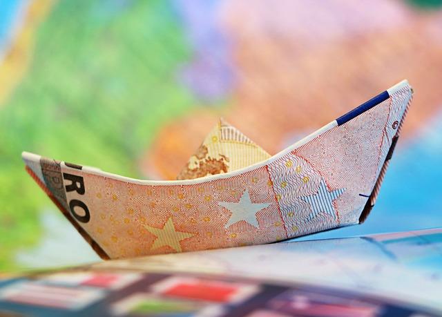 Į išsvajotą kelionę už skolintus pinigus