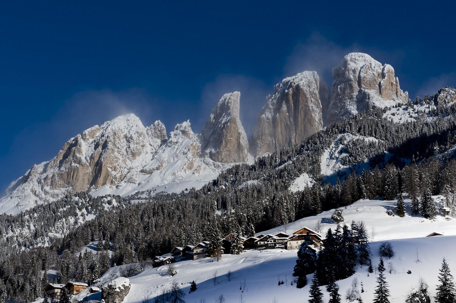 Slidinėjimo atostogos kalnuose: rekomendacijos patyrusiems, atmintinė – pradedantiesiems