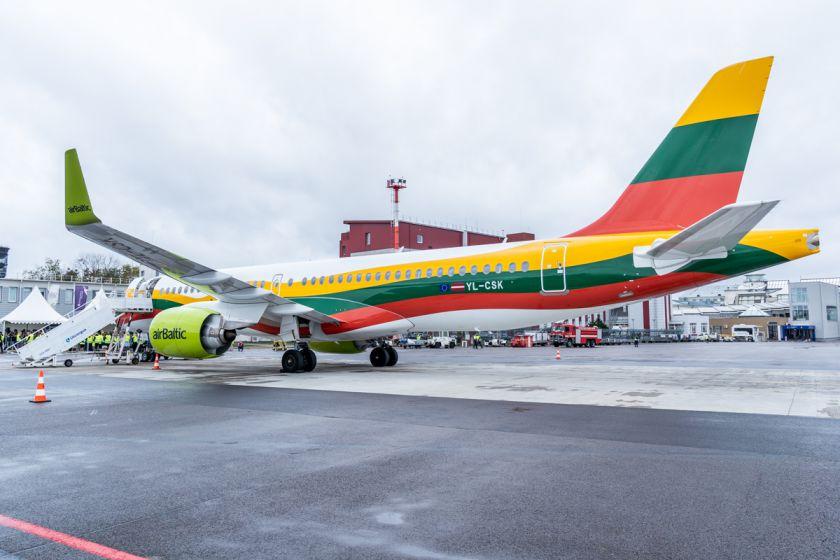 """""""airBaltic"""" šiemet Lietuvoje pasiūlys iki 71% daugiau vietų keleiviams"""