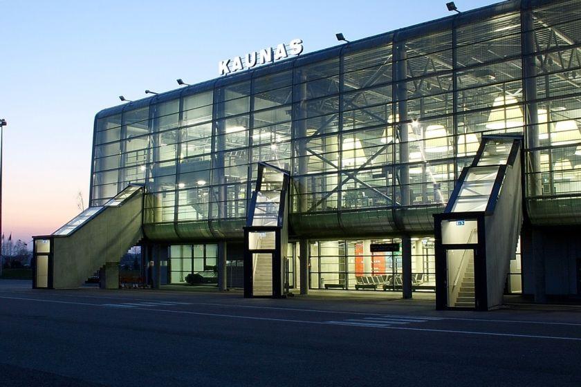 """""""Ryanair"""" naujas maršrutas: tiesioginiai skrydžiai tarp Kauno ir Lvovo"""