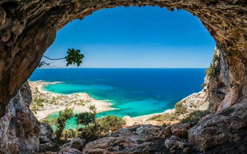 Viduržemio jūros salos rudenį laukia lankytojų – kaip iš jų išsirinkti?